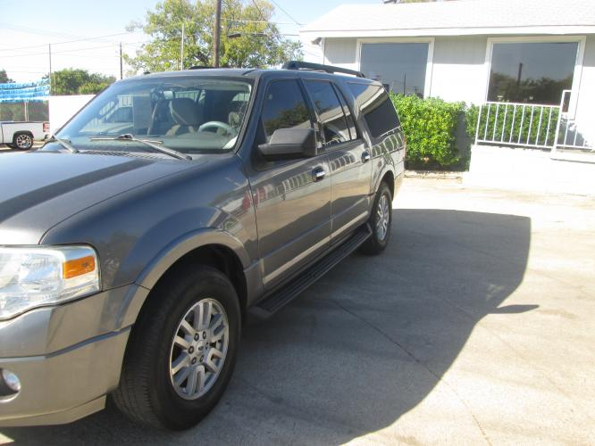 2011 BROWN Ford Expedition XLT 2WD (1FMJK1H56BE) with an 5.4L V8 SOHC 16V FFV engine, 6-Speed Automatic transmission, located at 1815 NE 28th St., Fort Worth, TX, 76106, (817) 625-6251, 32.795582, -97.333069 - Photo #0